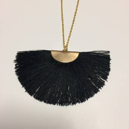 Twigg Fan Tassel Necklace - Black