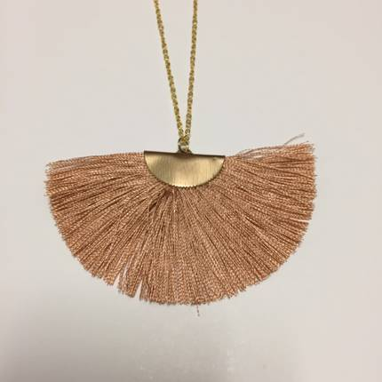 Twigg Fan Tassel Necklace - Blush