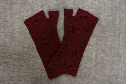 Burgundy Lacey Knit Merino Fingerless Gloves