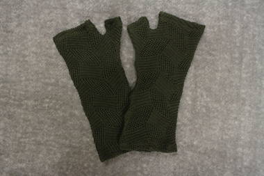 Olive Green Lacey Knit Merino Fingerless Gloves