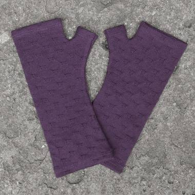 Kate Watts - Purple Textured Cross Knitted Fingerless Merino Gloves